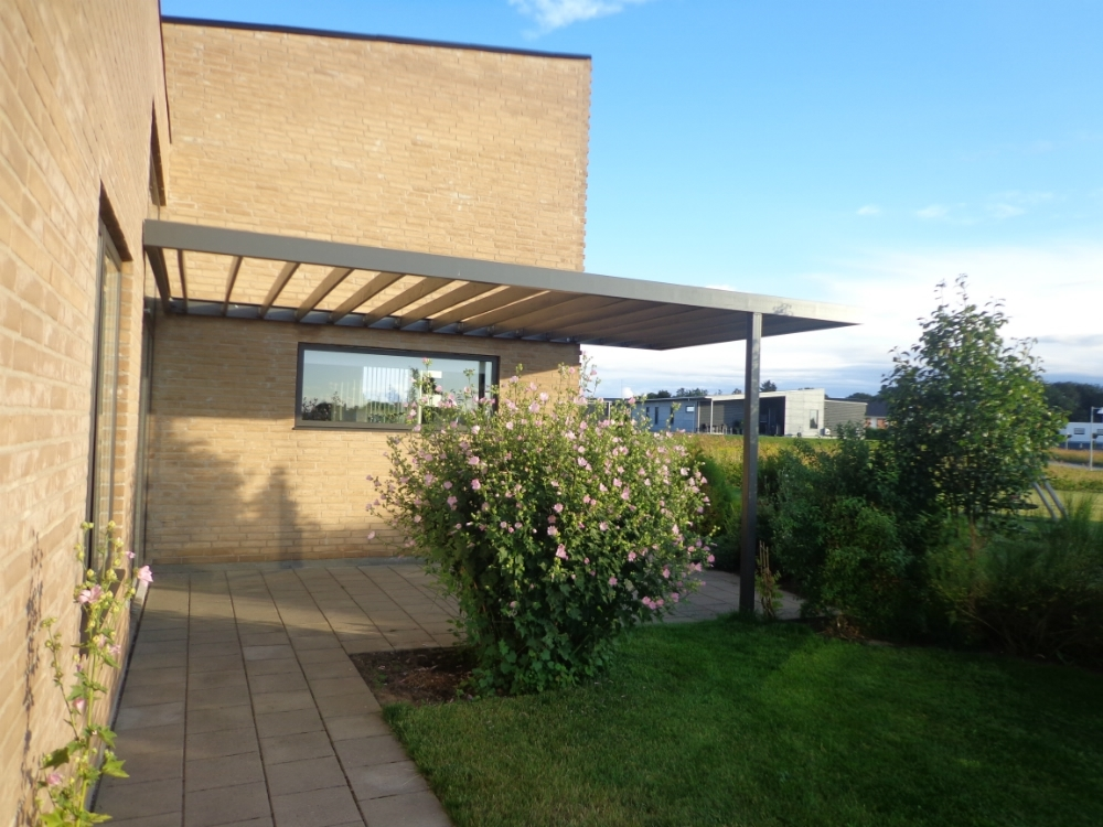 pergola galvaniseret m bler til terrassen og haven. Black Bedroom Furniture Sets. Home Design Ideas